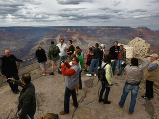 Official: 1 dead after fall at Grand Canyon