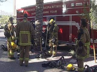 Phoenix_firefighters_prepare_for_drill_20110805195147_JPG