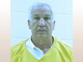 Jerry_Sandusky_booking_photo_20120623140424_JPG