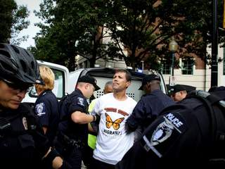 No_papers_no_fear_arrest_20120906080233_JPG