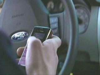 Pima county texting and driving ban takes effect