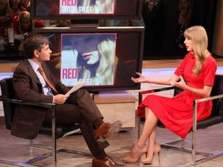 Taylor_Swift_on_GMA_20121023050959_JPG