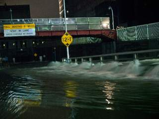 Hurricane_Sandy_1_20121030044050_JPG