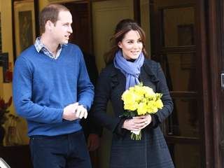 Kate_Middleton_leaves_hospital_20121206063551_JPG