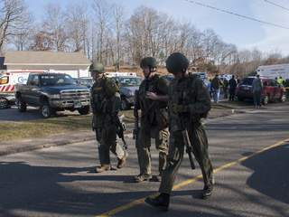 Connecticut_elementary_school_shooting_6_20121214121111_JPG