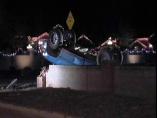KNXV_Peoria_car_into_wall_20121216214515_JPG