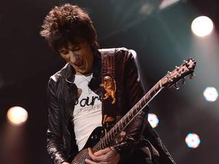 Ronnie_Wood_20121224141800_JPG