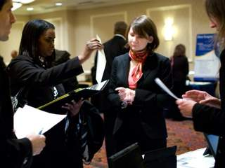 Job_seekers_20130130080811_JPG