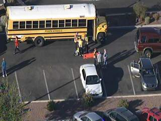 KNXV_Glendale_school_bus_accident_20130205163640_JPG