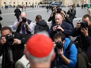 Media_at_papal_conclave_20130312043113_JPG