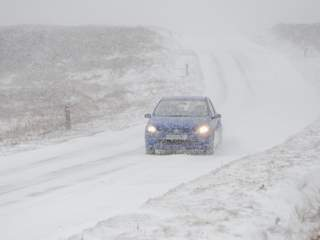 Snow_in_UK_20130312053007_JPG