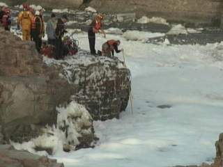 South_Dakota_river_body_recovery_20130315083141_JPG