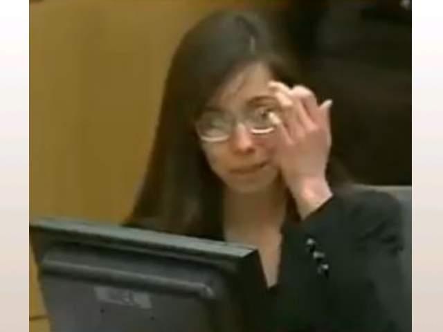 Jodi Arias Middle Finger