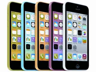 Walmart slashes prices on iPhone 5S and 5C