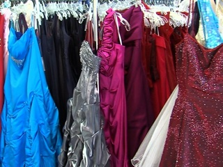 How to get free prom dresses in the Valley