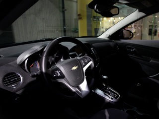 Saudi Arabia to allow women to drive