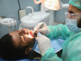 AZ dentists get warned; State won't tell you why