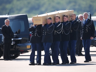 MH17: What happens to the victims' bodies next?