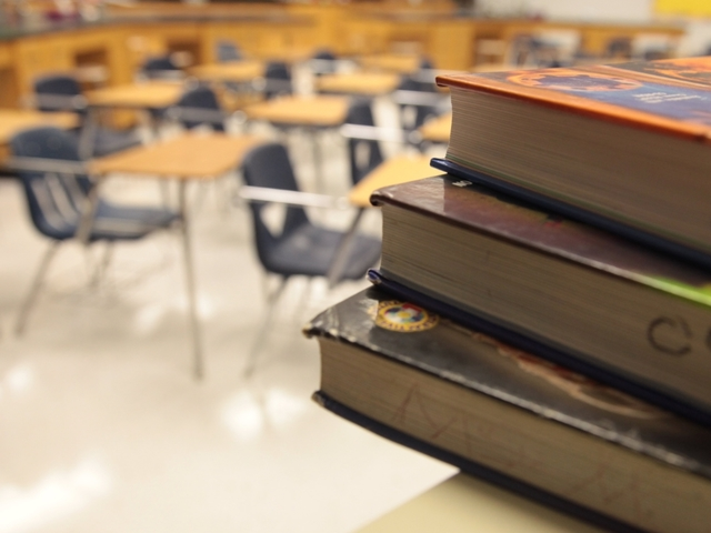 WalletHub says Missouri outpaces Kansas in best state for teachers study