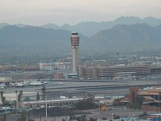 Sky Harbor proposes new airport pickup fees