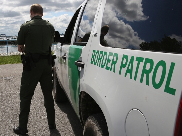 Border Patrol recorded boarding Greyhound bus in Florida, checking IDs of passengers