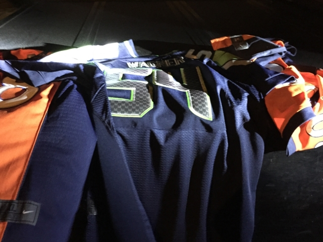 df8051cbc Beware of  cheap  NFL jersey websites