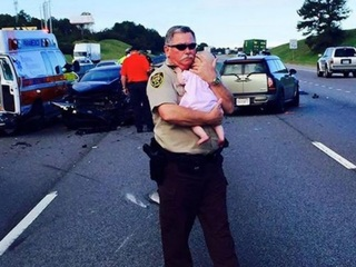 Candid photo of deputy's compassion goes viral