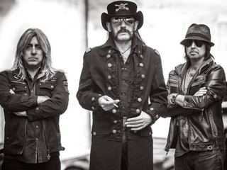 Motorhead frontman dead after battle with cancer