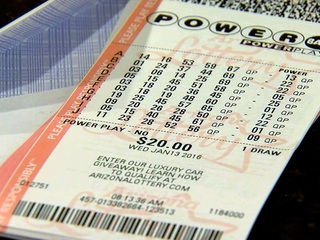 Woman says she was sold an expired lotto ticket
