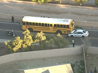 PD: Minor injuries after car rear-ends bus