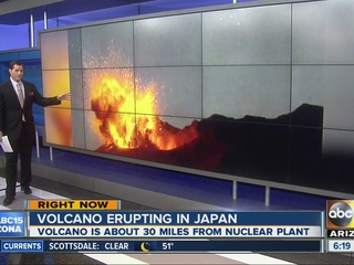 VIDEO: Volcano powerfully erupts in Japan