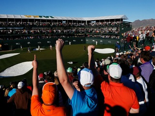 Phoenix Open sets single-day attendance record