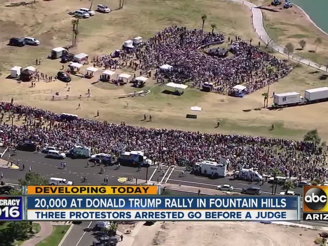 3 arrested after protesting Donald Trump rally