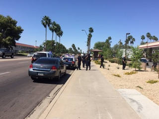 PD: Woman stabs man in neck in Tempe