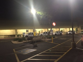 PHX PD investigating grocery store robbery