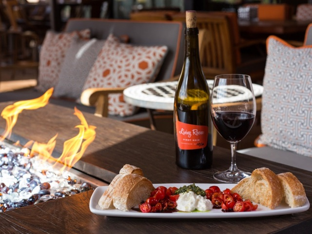 The Living Room Wine Cafe Lounge To Open In Ahwatukee On June 7