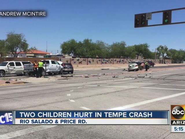 3 hurt in 5-vehicle Tempe crash