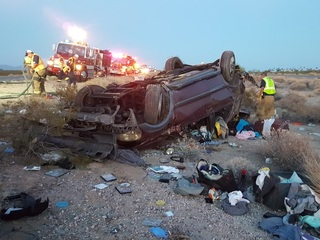 3 hospitalized after rollover on I-10