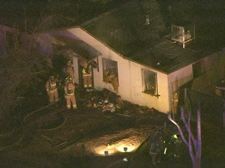 Flames destroy Glendale home