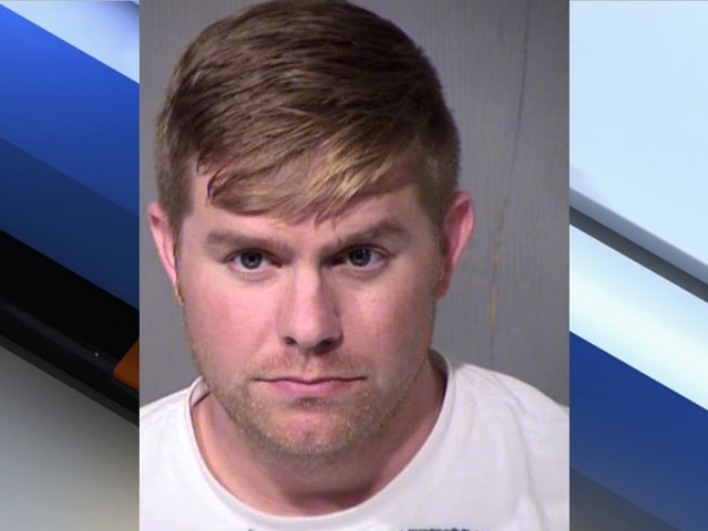 Federal corrections officer accused of luring a minor for sex in ...