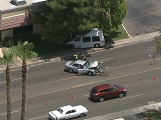 Driver dies after two-car crash in Tempe