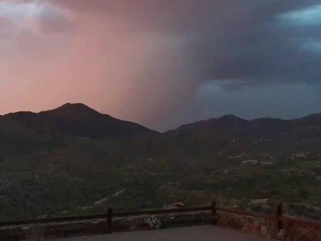 WHOA! Incredible lightning in the Valley