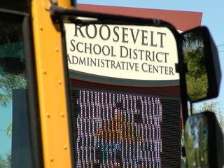 Roosevelt district bus drivers protest low pay