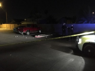 PD: Man shot in PHX, not cooperating w/ police