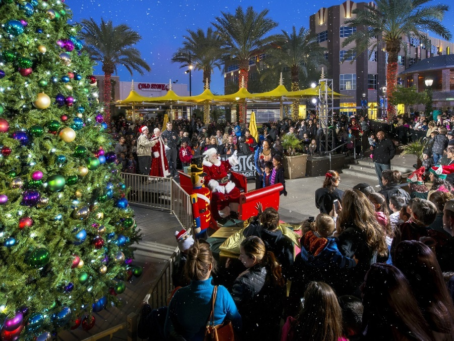 Tree-lighting Events In Phoenix: 15 Tree-lighting