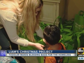 Toddler helps PHX homeless w/ 'blessing bags'