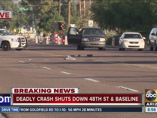 Phoenix police looking for driver in deadly hit-and-run crash near