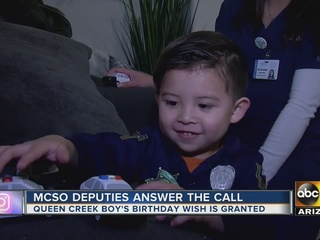 MCSO deputies surprise boy at birthday party