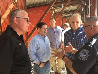 Homeland Security head visits AZ-Mexico border