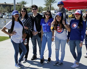 Cubs host championship rally at Sloan Park